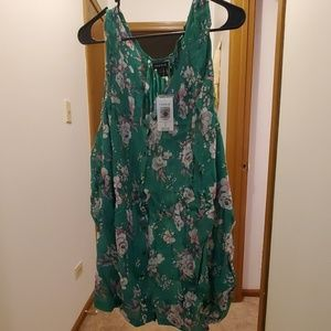 Torrid Green Floral Button Up Tank Top size 5